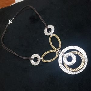 Avon NWT necklace